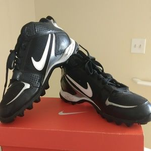 Nike football shoes size 7